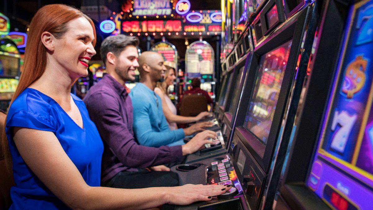 3 person golf gambling games
